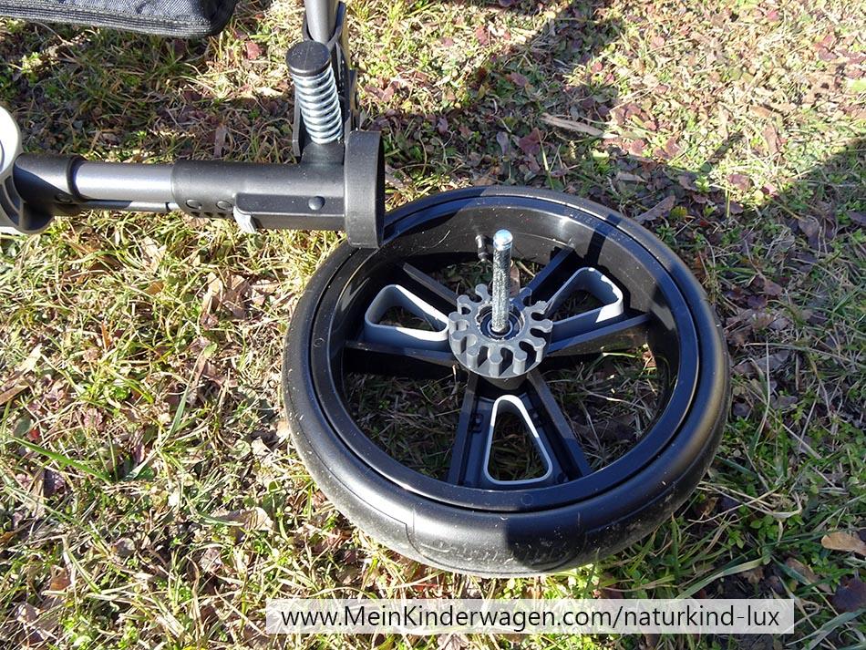 Naturkind Lux mit abgenommenen Räder