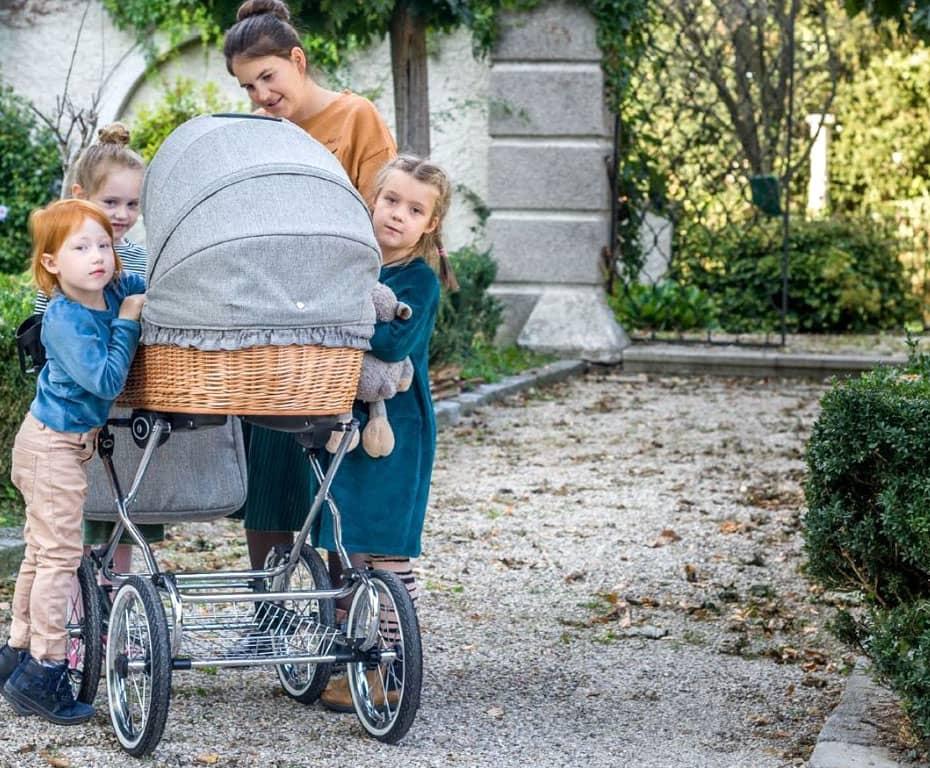 retro deluxe, kinderwagen, mama mit kindern, baby, naturweide, babywanne