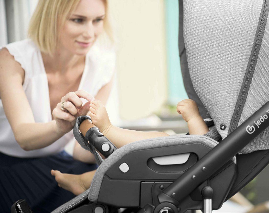 Jedo Koda Sportwagen: Jedo Kinderwagen mit komfortablem Sportsitz